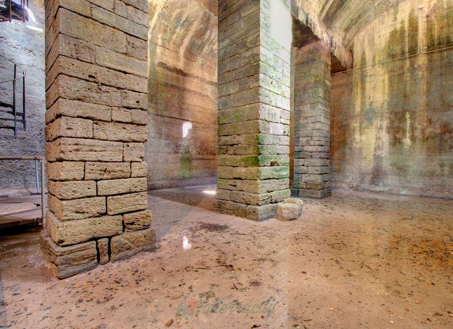 la cisterna romana a due passi dal hotel volterra centro storico san lino