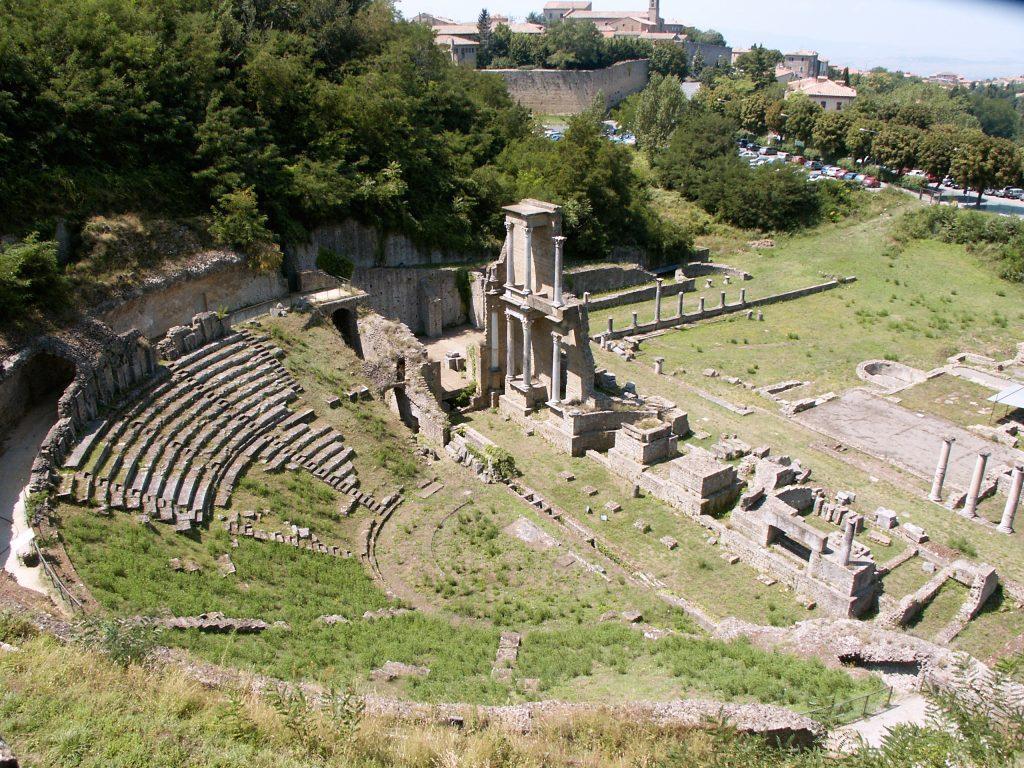 Teatro romano volterra, san lino, Hotel Volterra con piscina